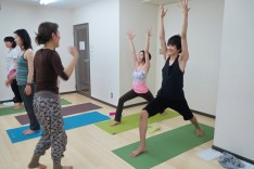 Kay teaching Yuri & Kou